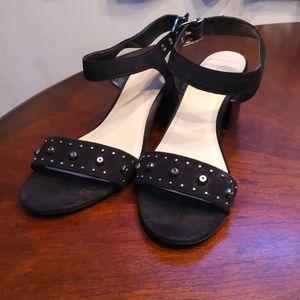 Simply vera black heels
